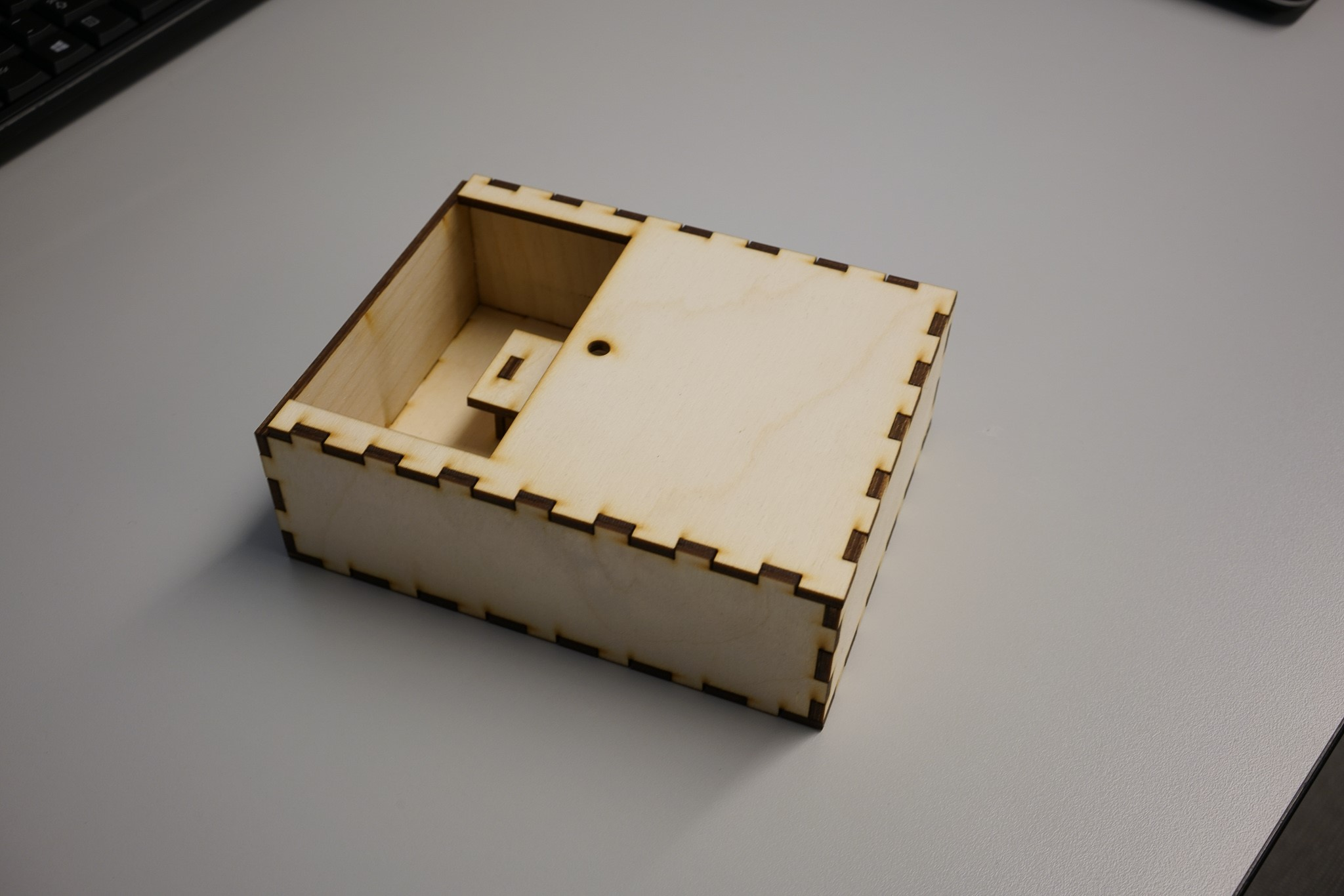 box_top_part_2.jpg